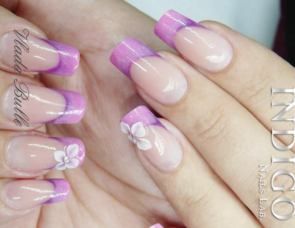 3Dflower purple gradient tips french nails
