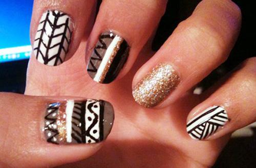 Aztec motifs nails