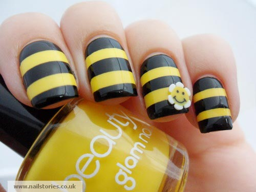 black yellow stripes summer nails