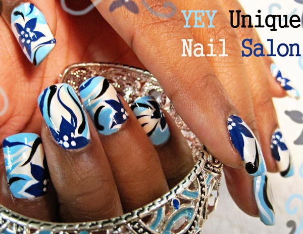 blue freehand flowers nails