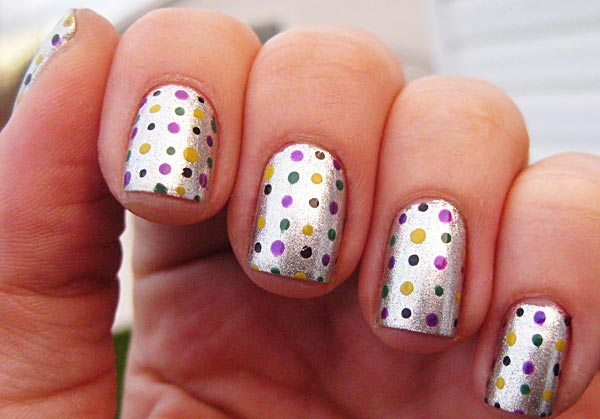 colored dots on silver nails
