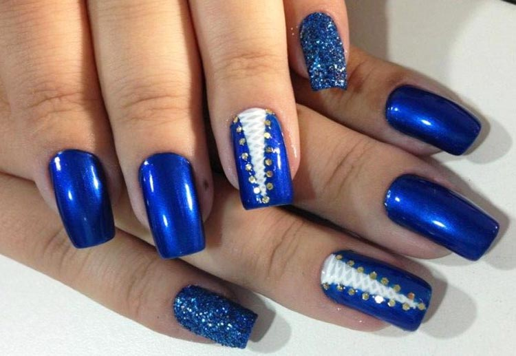 dots lace corset glitter blue nails