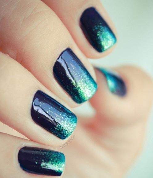 emerald glitter dipped black nails
