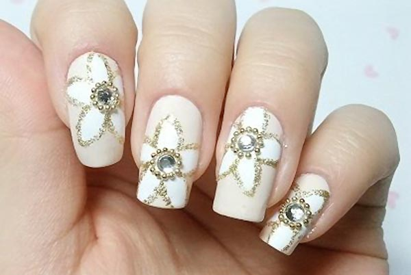 flowers rhinestones beads glitter wedding nails