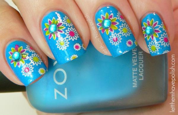 flowers rhinestones turquoise nails
