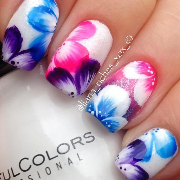 freehand gradient flowers summer shimmer nails