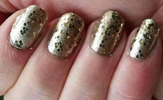 glitter gold shimmer party nails