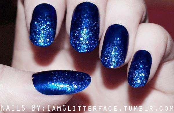 glitter gradient on cobalt blue nails