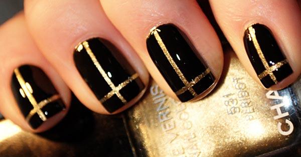 Черные с золотом ногти