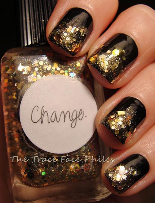 gold glitter party nails