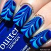 gradient blue marbled nails