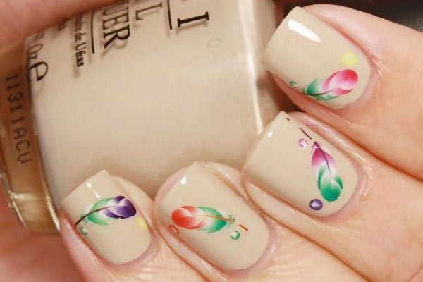 gradient feathers decals on neutral nails