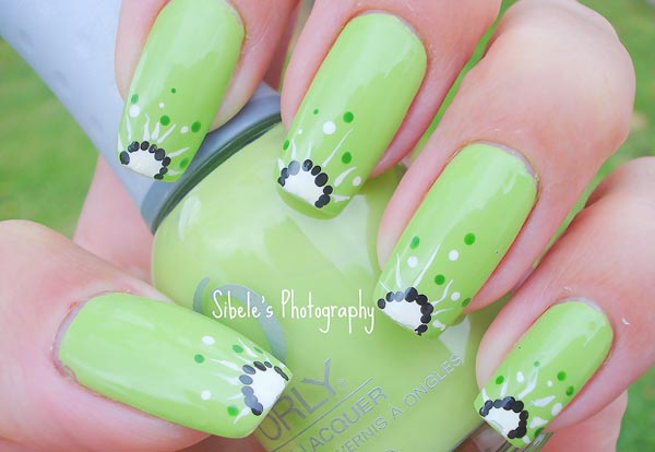 green freehand kiwi nails