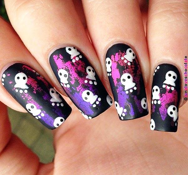 halloween painted foils black matte nails