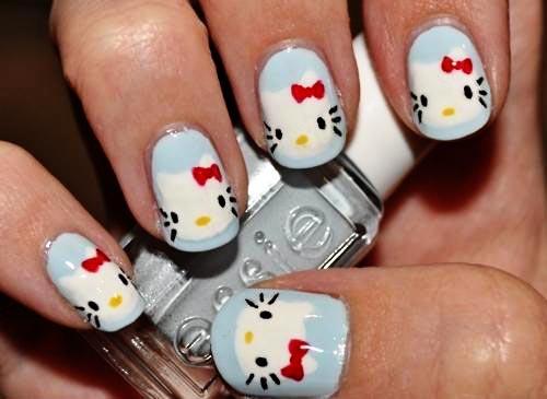 Hello Kitty blue nails