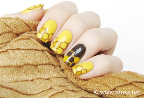 honey yellow black nails