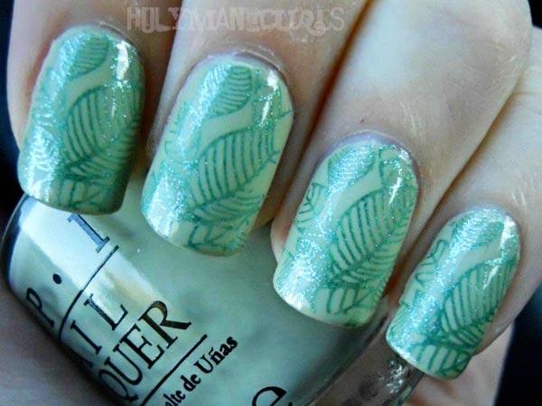leaves mint green nails
