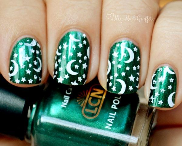 moon and stars green nails