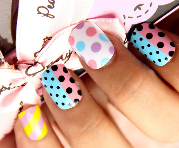 pastel polka dots nails