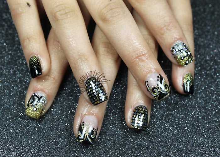 sequins black gold winter new year s eve nails