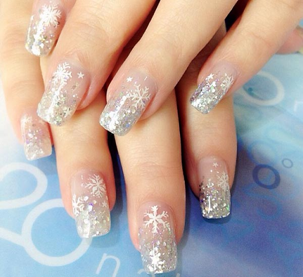 silver glitter snowflakes perfect winter nails