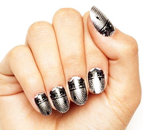silver mirror black lace nails