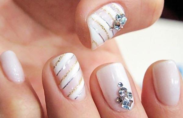 soft pink white stripes glitter accent nails