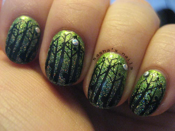 stamped trees green glitter enchanted nails