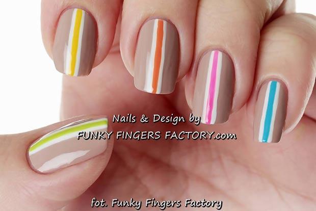 stripes on beige retro nails
