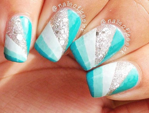 turquoise gradient stripes geometry glitter nails