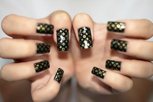 vuitton monogram black nails